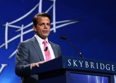 Anthony Scaramucci speaking at the 2016 SALT investment conference