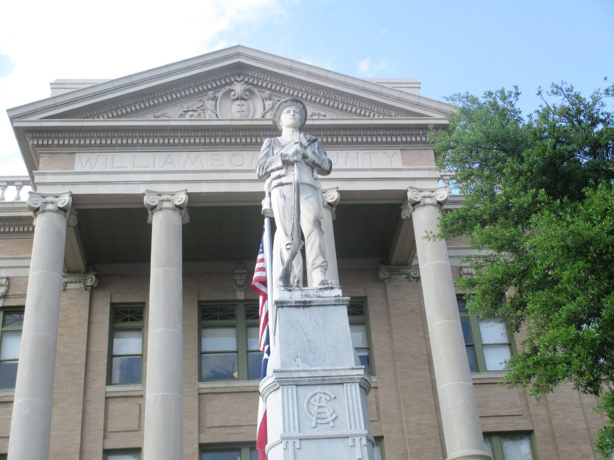 Confederate_statue_at_Williamson_County,_TX,_Courthouse