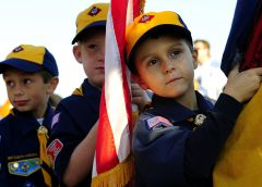 Cub Scouts with the U.S. flag