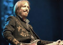 photo of Tom Petty in performance in 2010