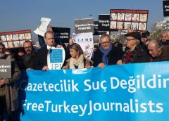 photo of protest in Turkey against the persecution, arrest and murder of journalists.