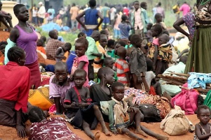 refugees from South Sudan at Uganda's national border