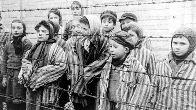Concentration camp prisoners