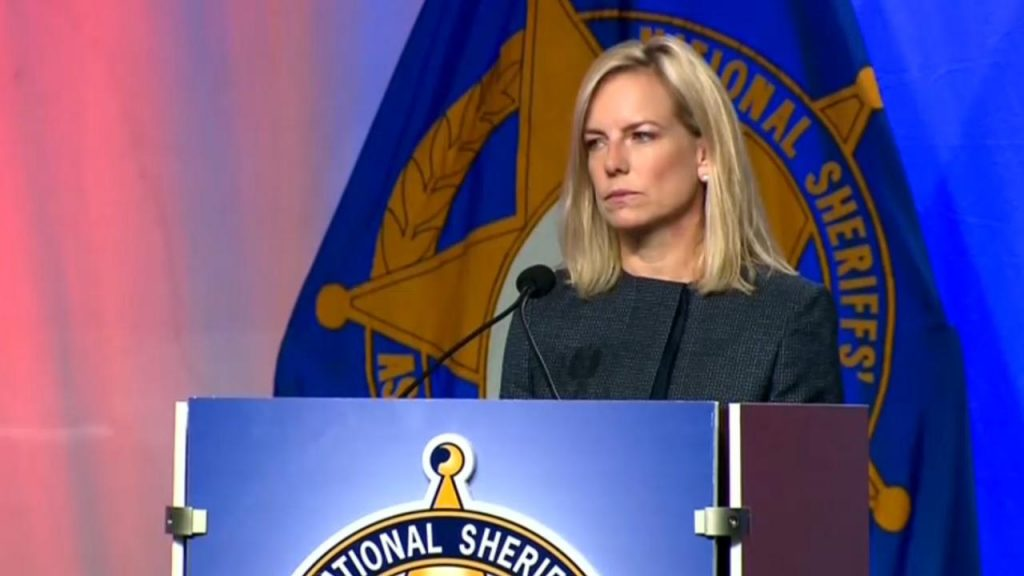 Secretary Nielsen at the 2018 National Sheriff's Association meeting.