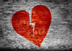 Heartbreak – Men Never Truly Get Over the Women They've Loved