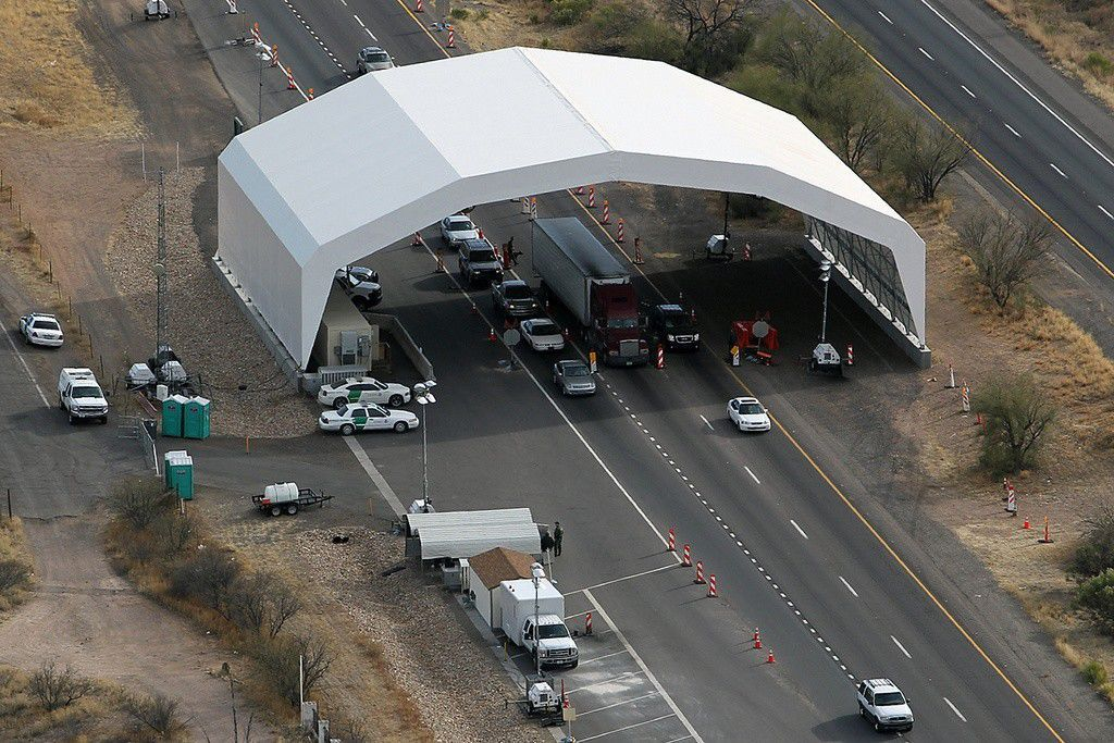 Border patrol checkpoint at Interstate 19 in Arizona
